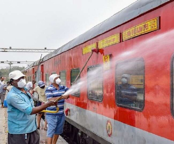 Local trains in Mumbai may resume the services soon