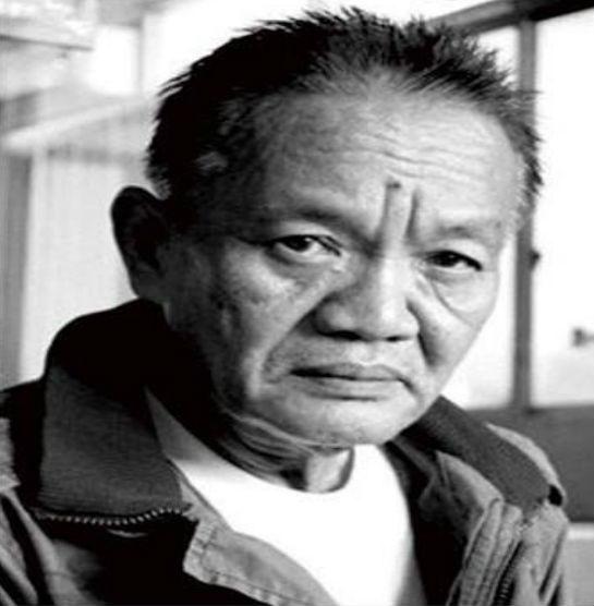 Sastrawan Sumatera Barat Abrar Yusra