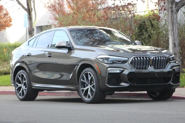 BMW X6 2020 Mobil Sport Mewah dengan Sistem All Wheel Drive