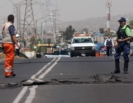 Strongest quake 'since 1985' strikes off Mexican coast