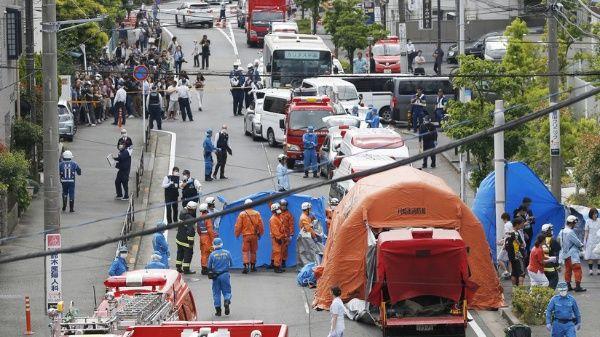 Al menos 2 personas fallecen tras ataque con cuchillos en Japón