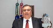 """Governador Flávio Dino critica """"guerra das vacinas"""" contra o coronavírus"""