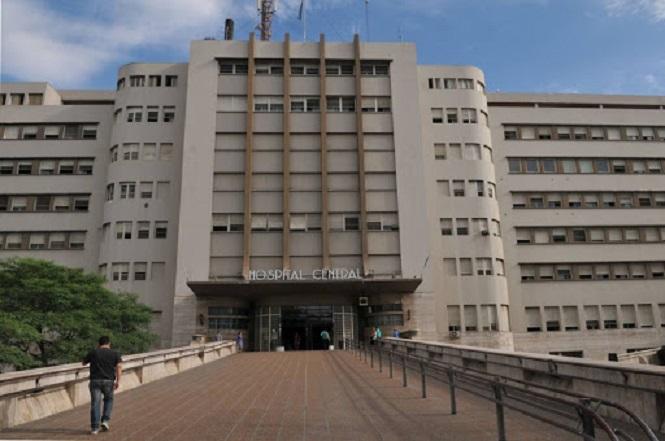 Médico del hospital Central se defiende de las acusaciones del diputado Vadillo