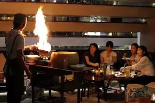 gueridon service in restaurant