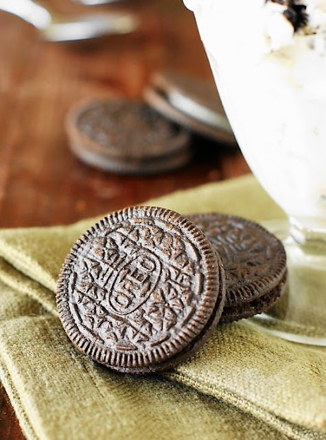 Oreos to Make Cookies and Cream Ice Cream Image