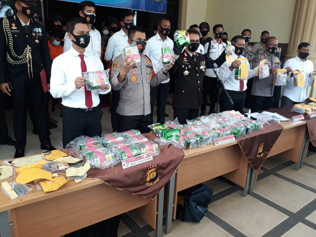 Polda Jambi Amankan Puluhan Kilo Sabu, Selamatkan 200.000 Jiwa