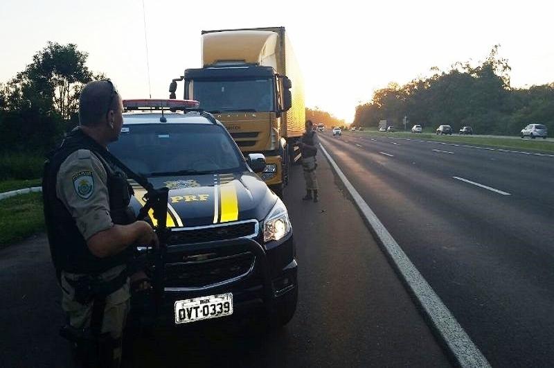 A Operação Viagem Segura registrou 223 acidentes de trânsito nas ruas, rodovias e estradas gaúchas, dos quais resultaram 10 mortos e 161 feridos? - Foto: Divulgação/Detran RS