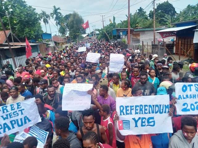 Program pemekaran Papua menjadi 5 provinsi layak disebut sebagai praktek 'settler colonialism' yang bisa berakibat genosida perlahan