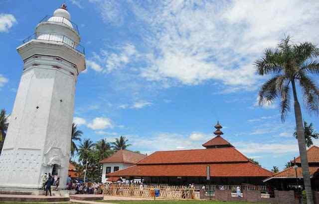 Bangunan Masjid Agung Banten