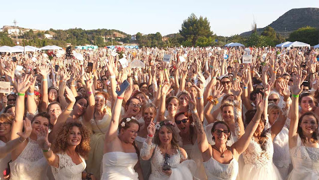 largest gathering of people dressed as brides, Spain