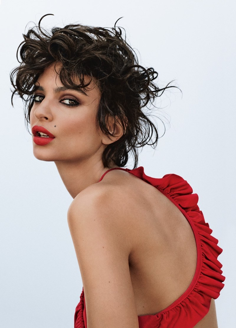 Emily Ratajkowski flaunts trendy beauty looks for Allure