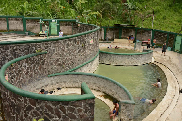 wisata pacet pemandian air panas