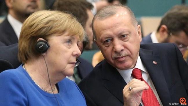 Νέα συμφωνία για μεταναστευτικό θέλει ο Ερντογάν