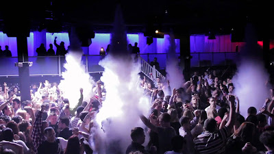 Enhance your Nightclub by installing Co2 Cryo Jets that instantly cool your venue and WOW your crowd!
