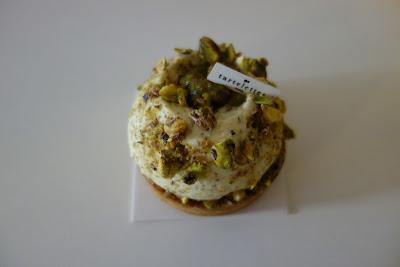 Tarte pistache de chez Tartelettes, blog Délices à Paris.