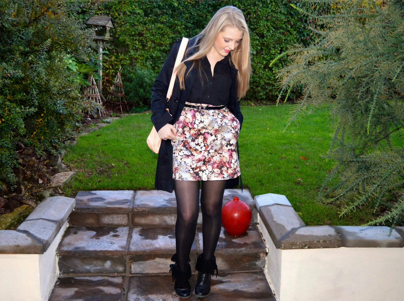 Smart Casual: Florals in Black