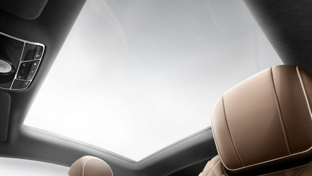 Mercedes S500 4MATIC Coupe 2018 trang bị cửa sổ trời siêu rộng Panoramic