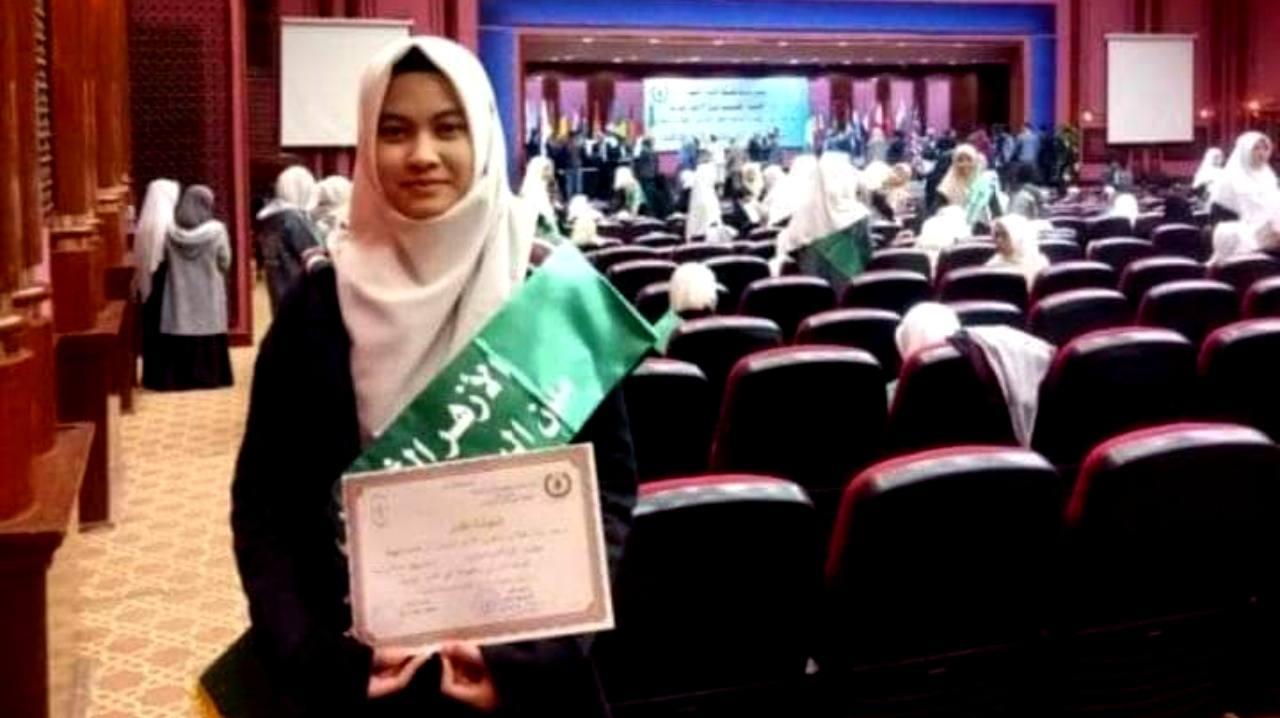 Mengenal Tari, Sosok Gadis Cantik Hafal Qur'an yang Meninggal di Mesir