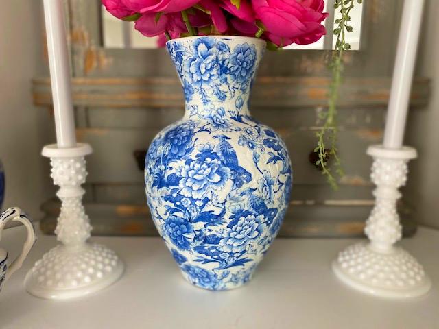 Caspari chinoiserie paper cocktail napkins decoupage vase