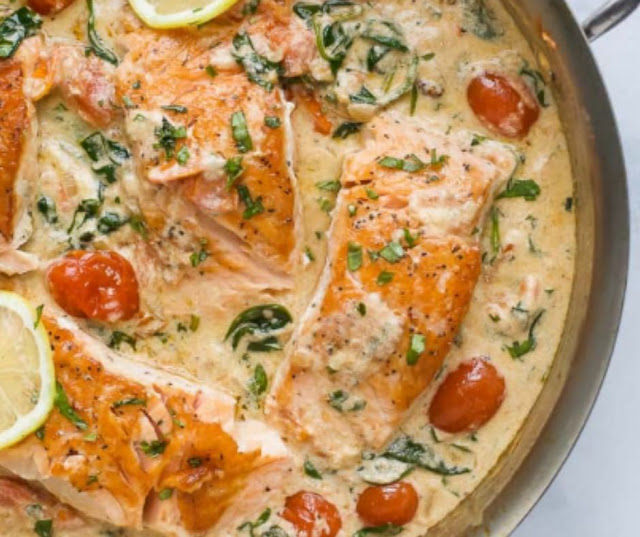 CREAMY PAN SEARED TUSCAN SALMON RECIPE