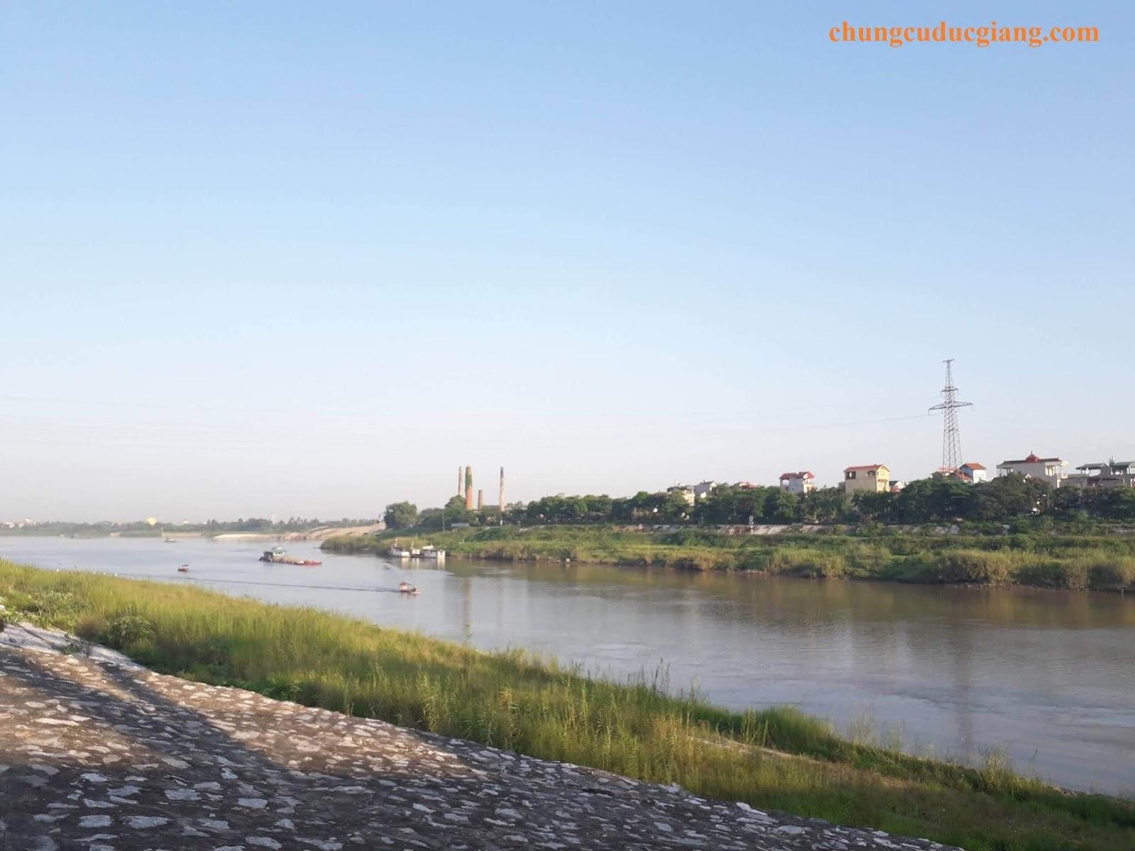 Cảnh đẹp thơ mộng của sông Đuống.