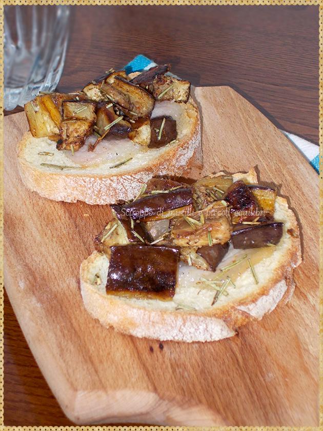 Crostone con guangiale e melanzana arrosto