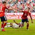Em rodada sem vitória de visitantes e muitos gols, Bayern vira líder isolado, mas sofre com lesionados