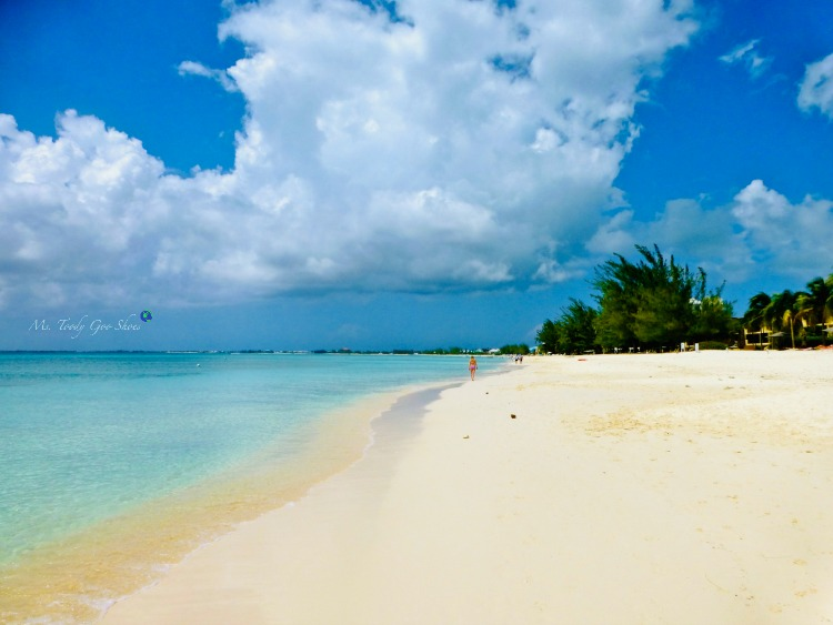 Seven Mile Beach, Grand Cayman, one of the world's most beautiful beaches | Ms. Toody Goo Shoes