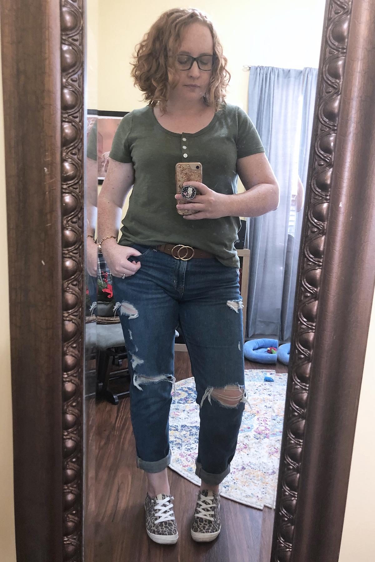 green short sleeve henley bf jeans leopard sneakers