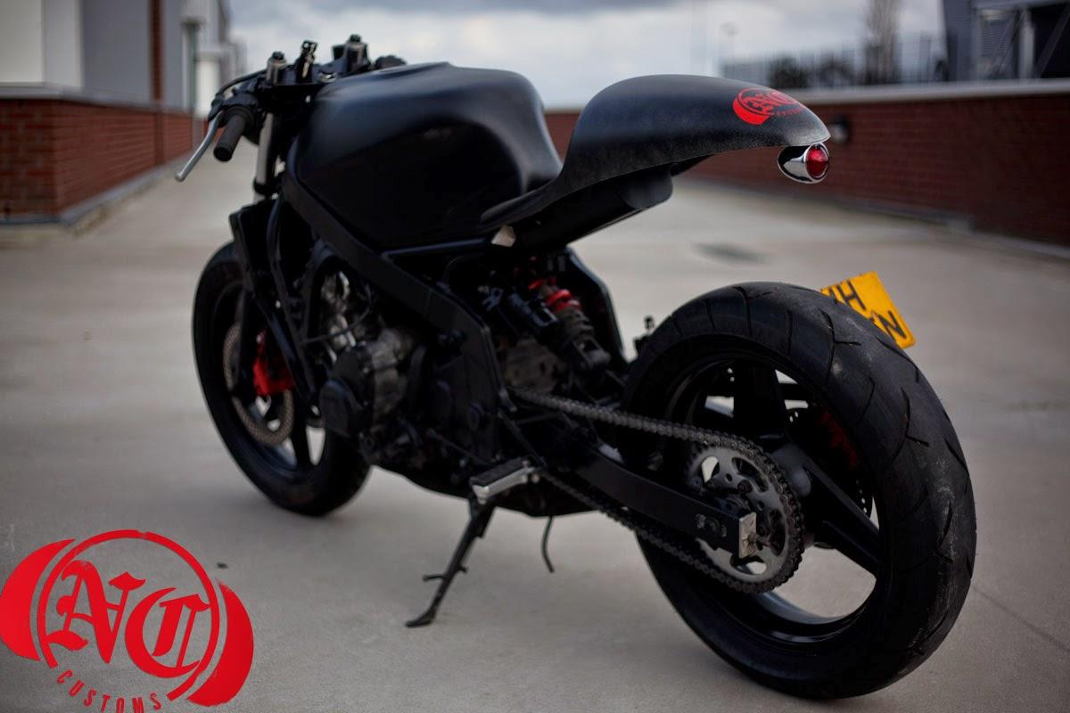 Suzuki Gsxr 600 >> Honda CBR 600F cafe racer | 99garage | Cafe Racers Customs Passion Inspiration