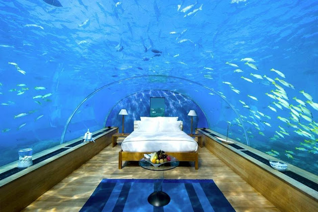 Aquarium bedroom interior design