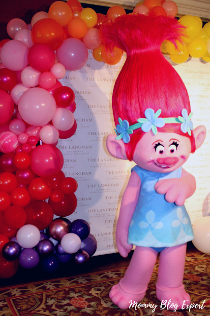 Trolls Queen Poppy Character Costume
