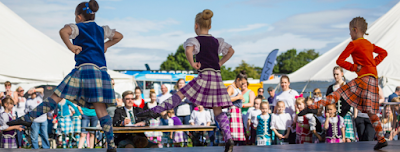 Scottish Independent Hostels - Highland Games Dancing