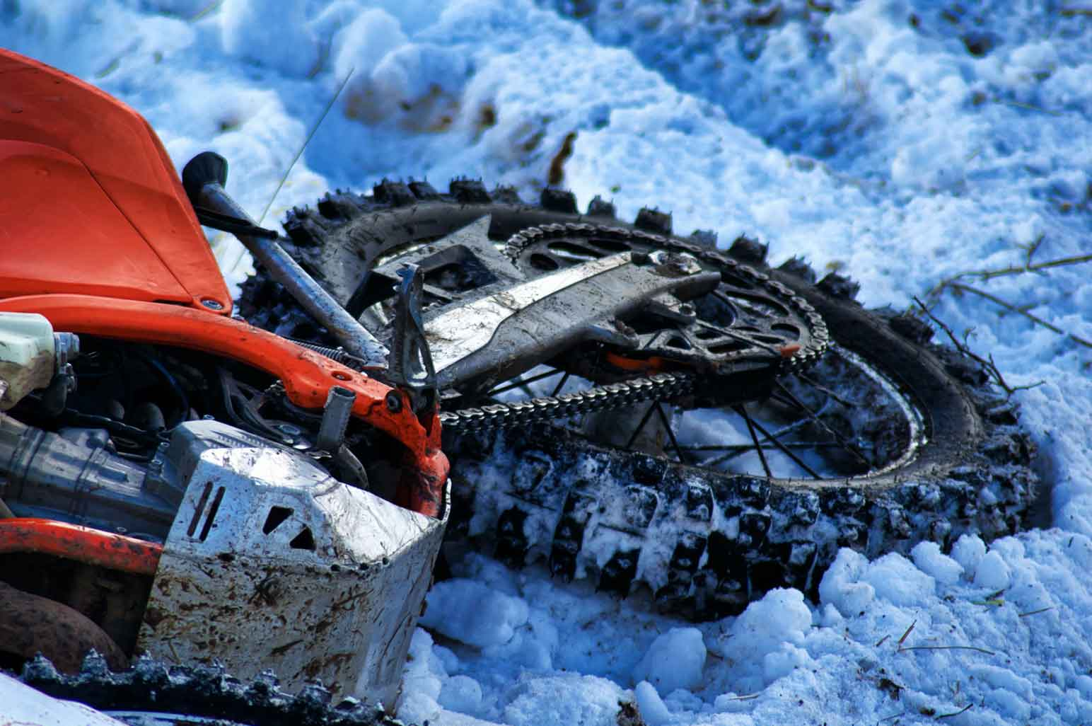 How To Help Someone Who Is Seriously Injured From An Outdoor Accident