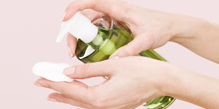 Démaquillant doux fait maison 100% naturel (maquillage résistant)