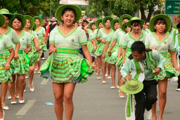Anuncian que 400 danzarines zapatearán la danza Salay en carnaval de Oruro