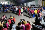Hàng trăm công nhân Công ty ᶆỹ Tú ở Bình Dương ngưng việc tập thể
