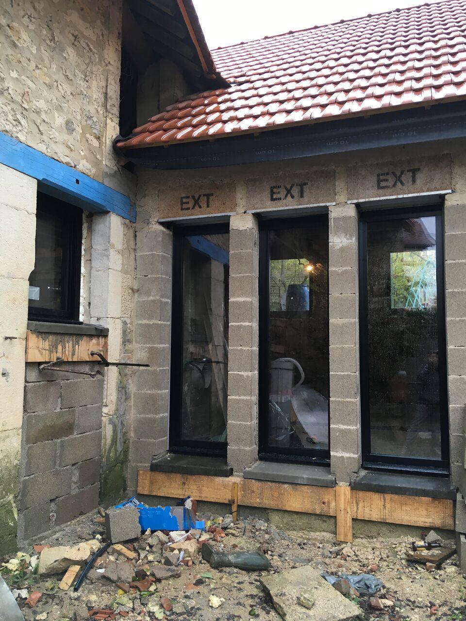 Rénovation d\'une grange #7 : dalle et fenêtres   caractériELLE