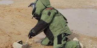 مدونة العراق : القوات العراقية تباشر  بتفكيك العبوات الناسفة في القرى المحررة في الشرقاط