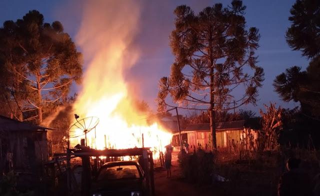 Roncador: Homem morre carbonizado em incêndio de residência