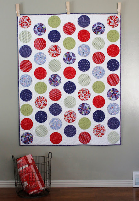 Simple Circles free quilt pattern from A Bright Corner