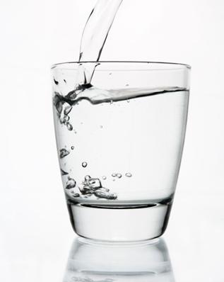 7 Akibat Kurang Minum Air Putih Bagi Kesehatan