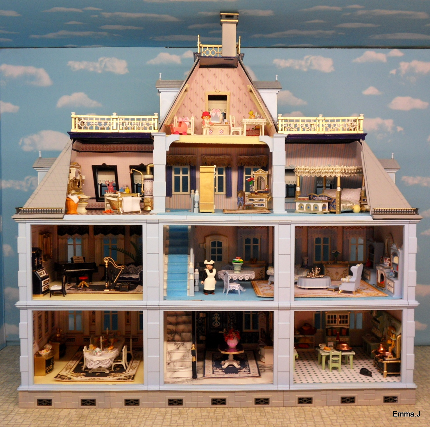 Blue Mansion Emma J S Playmobil