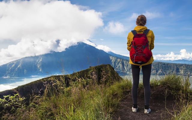 7 Tip Penting Melakukan Aktiviti Mendaki Gunung (Hiking)