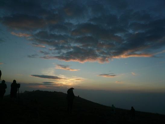 Wschód - z szczytu Babiej Góry [fot. Lucyna Korman]