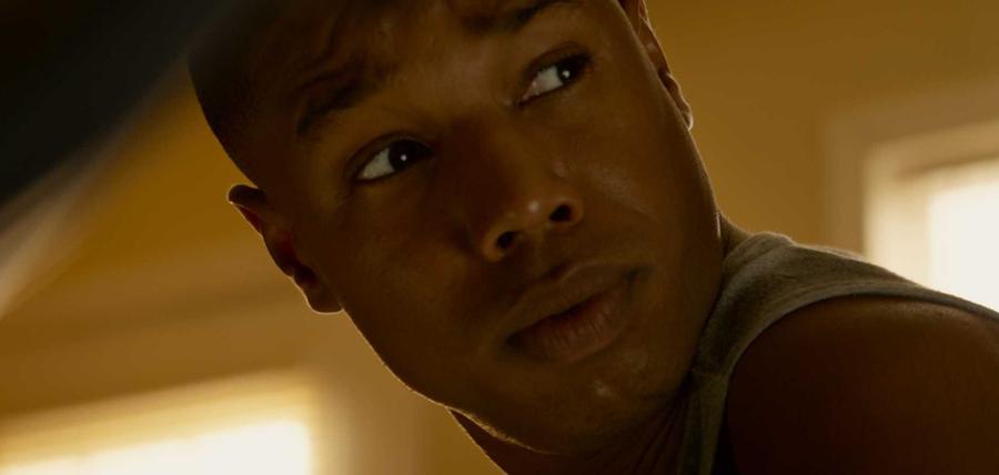 Michael B. Jordan este Torţa Umană în filmul Fantastic Four