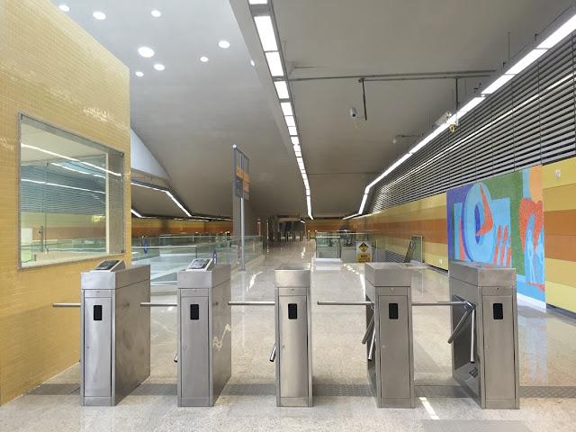 Na entrega de estação do Jardim Oceanico, secretário de Transportes garante Linha 4 para os Jogos