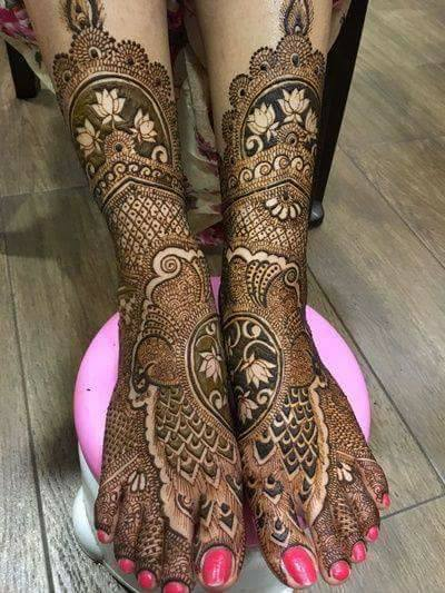 Bridal Mehandi Designs for Legs 6