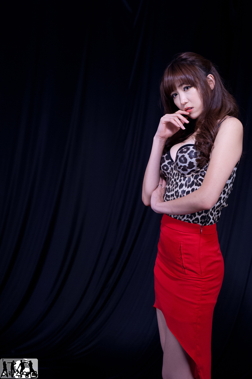 Xxx Nude Girls Lee Eun Hye - Hot Red Leopard-3678