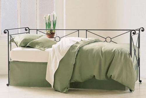 daybed with pop up trundle trundle beds